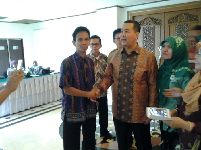 Bersama dengan Wakil Menteri Pendidikan dan Kebudayaan Dr. Ir. H. Musliar Kasim, MS